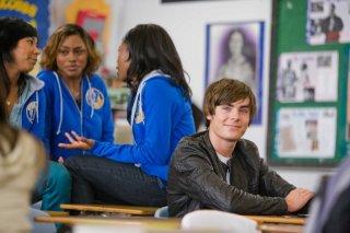 Zac Efron in una sequenza del film 17 Again - Ritorno al Liceo