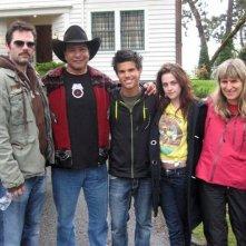 Gil Birmingham, Taylor Lautner, Kristen Stewart e Catherine Hardwicke durante la lavorazione di Twilight