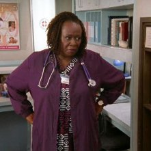 Aloma Wright in una scena di Scrubs