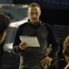 Il regista Nacho G. Velilla istruisce i suoi collaboratori