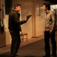 Enver Gjokaj in una scena dell'episodio Haunted di Dollhouse