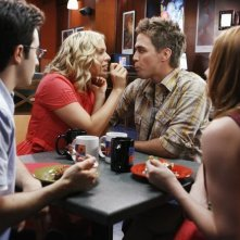 Ali Liebert e Chris Olivero in una scena dell'episodio Guess Who's Coming to Dinner, della serie tv Kyle XY