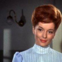 Barbara Shelley è Carla Hoffman ne Lo sguardo che uccide