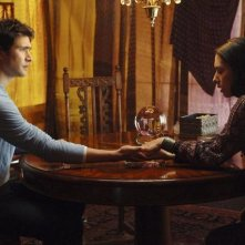 Matt Dallas e Carmen Moore in una scena dell'episodio 'Psychic Friend' della serie tv Kyle XY