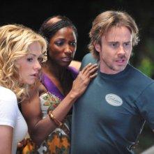 True Blood: Anna Paquin, Rutina Wesley e Sam Trammell in una immagine della seconda stagione della serie