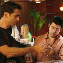 Bobby Cannavale e Rick Gomez nell'episodio The Tommy Brown Affair di Cupid