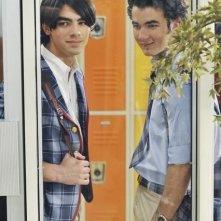 Joe Jonas e Kevin Jonas nell'episodio Wrong Song della serie J.O.N.A.S.