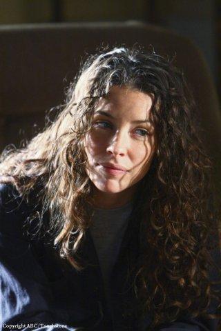 Evangeline Lilly in una scena dell'episodio The Variable di Lost