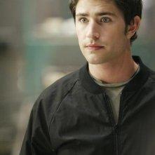Matt Dallas è Kyle nell'episodio Bringing Down the House della terza stagione di Kyle XY