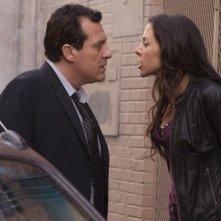 Una sacena dell'episodio 'The Pain won't stop' della serie tv Crash