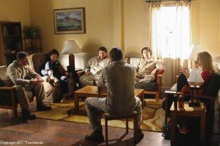Una scena di gruppo dell'episodio The Variable di Lost