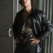David S. Lee in una scena dell'episodio ' The Stork Job ' della serie tv Leverage