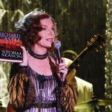Susan Sullivan in una scena dell'episodio Home Is Where the Heart Stops di Castle