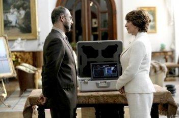 Kathleen Quinlan in una scena dell'episodio Vs. di Prison Break