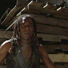 Laurence Mason nei panni di Tin TIn nel film Il Corvo