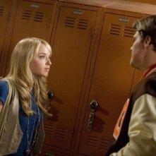 Megan Park e Greg Finley in una scena dell'episodio Tu sei tutto per me de La vita segreta di una teenager americana