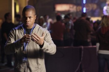 Sam Jones III  in una scena dell'episodio ' Hero ' della settima stagione della serie tv Smallville