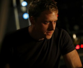 Alan Tudyk in una scena dell'episodio Briar Rose di Dollhouse