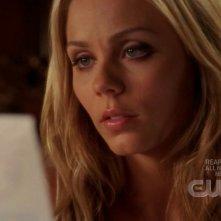 Laura Vandervoort in una scena dell'episodio 'Traveler' della serie tv Smallville