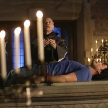 Robert  Picardo con Tom Welling in una scena dell'episodio ' Quest ' della settima stagione di Smallville