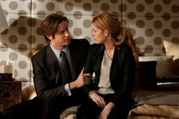 Armie Hammer e Blake Lively in una scena dell'episodio Southern Gentlemen Prefer Blondes di Gossip Girl