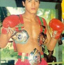 Le cinture vinte da Samart Payakarun