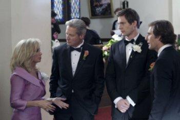 Morgan Fairchiled, Bruce Boxleitner e Scott Bakula in un momento sul set dell'episodio 'Chuck Versus The Ring' della serie tv Chuck