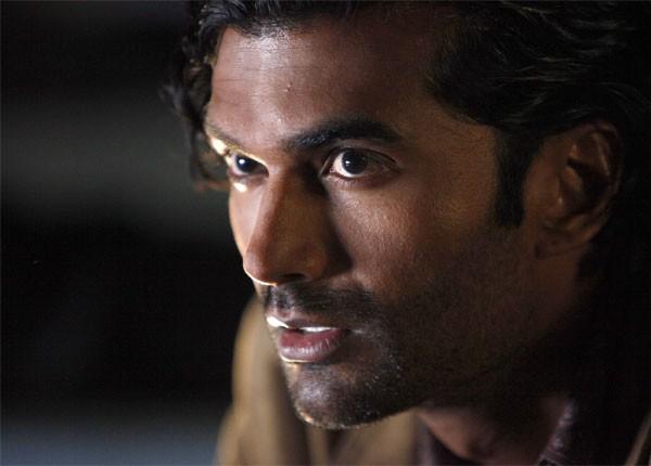 Sendhil Ramamurthy In Una Scena Di An Invisible Thread Della Terza Stagione Di Heroes 113332