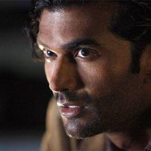 Sendhil Ramamurthy in una scena di An Invisible Thread della terza stagione di Heroes