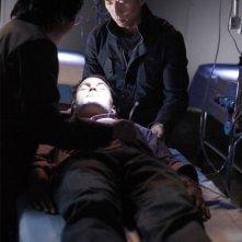 Sendhil Ramamurthy, James Kyson Lee e Masi Oka in una scena di An Invisible Thread dalla terza stagione di Heroes
