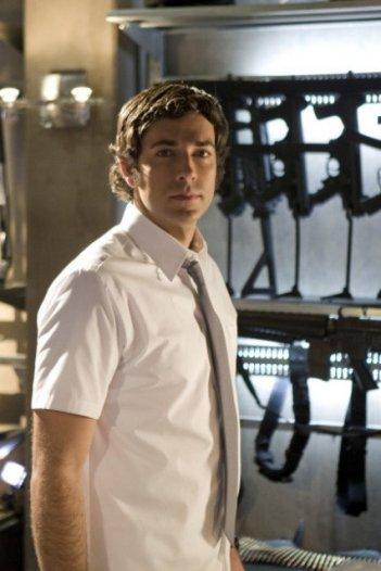 Zachary Levi in una sequenza dell'episodio 'Chuck Versus the Dream Job' della serie televisiva Chuck