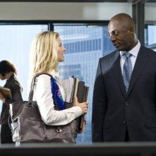 Ali Larter e Idris Elba in una scena del film Obsessed