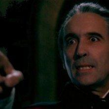 Christopher Lee in una scena de 1972: Dracula colpisce ancora