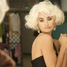Penelope Cruz in versione platinata nel film Los Abrazos Rotos, di Pedro Almodovar.