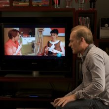 Una scena del film Los Abrazos Rotos con Penelope Cruz (nel monitor al centro)
