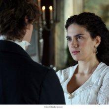 Giorgio Pasotti e Maya Sansa in una scena del film TV David Copperfield