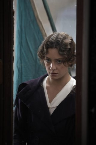 Giovanna Mezzogiorno è Ida Dalser, l'amante di Mussolini in una scena di 'Vincere'
