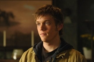 Jake Abel è Adam Milligan nell'episodio Jump the Shark di Supernatural