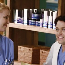 Katherine Heigl e T.R. Knight  nell'episodio An Honest Mistake di Grey's Anatomy