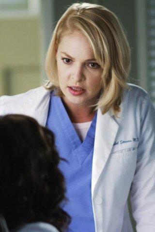 Katherine Heigl in una scena dell'episodio An Honest Mistake di Grey's Anatomy