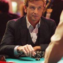 Simon Baker nell'episodio Red-Handed di The Mentalist