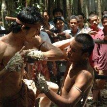 Thawatchai Phanpakdee in una scena di combattimento di Muay Thai Chaiya