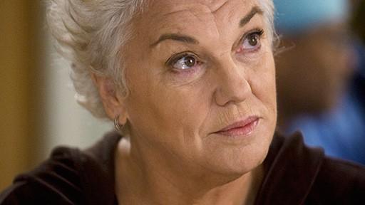 Tyne Daly In Una Scena Dell Episodio Compassione Per Il Diavolo Di Grey S Anatomy 114292