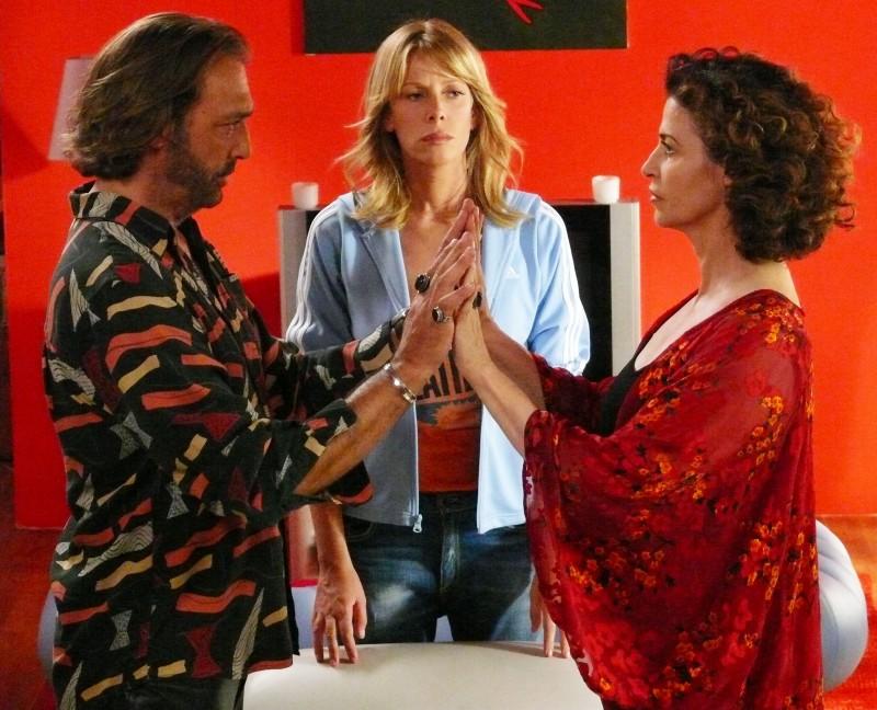 Alessia Marcuzzi Tra Luca Ward E Anna Galiena Nel Film Tv Un Amore Di Strega 114422