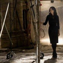 Angeli e Demoni: Vittoria Vetra (Ayelet Zurer) all'interno di una chiesa