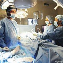 I dottori Shephard durante un intervento nell'episodio The Incident, finale della stagione 5 di Lost