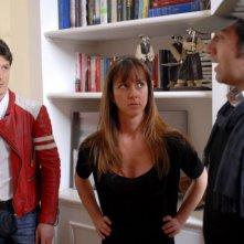 Andrea Bosca, Caterina Guzzanti e il regista Emanuele Sana sul set dell'episodio 'Gaymers' di Feisbum - Il film