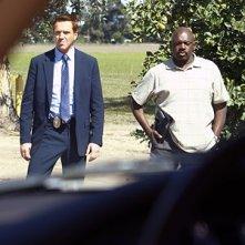 Damian Lewis e Shashawnee Hall nella seconda stagione di Life, episodio: One