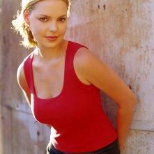 Un dolce sorriso di Katherine Heigl, star di Roswell
