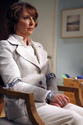 Kathleen Quinlan in una scena dell'episodio S.O.B. di Prison Break